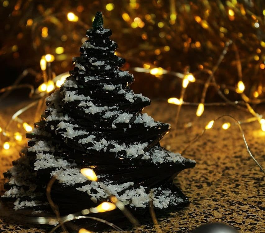 "Новогодний сувенир ""Ёлка в снегу"" ...или ""Ёлка..."
