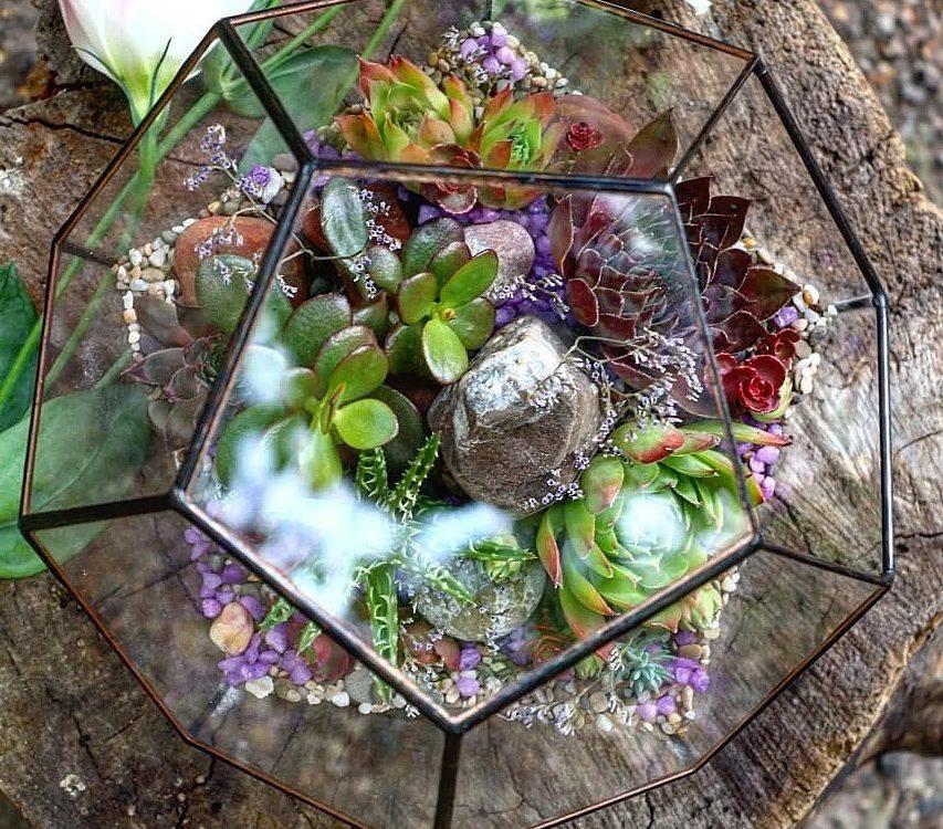 Наша стеклянная геометрическая форма с красотой...